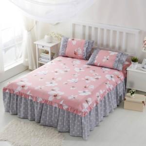 Покрывало на кровать арт 5441 цвет:красное цветение арбуза