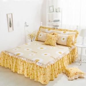 Покрывало на кровать арт 5441 цвет:желтое яйцо